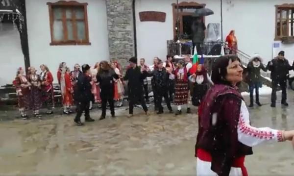 Йотова: Всеки месец затваря по едно българско село!