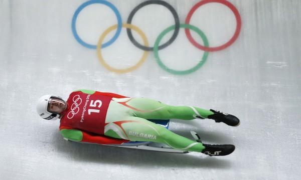 Двама от родните олимпийци си тръгват от Пьонгчанг