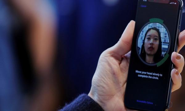 Защо iPhone губи състезанието в Азия?