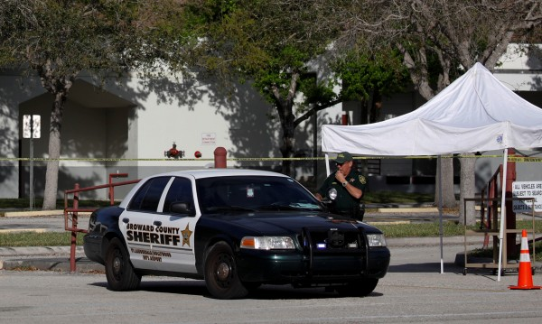 Американец блъсна нарочно колата си в спешно отделение