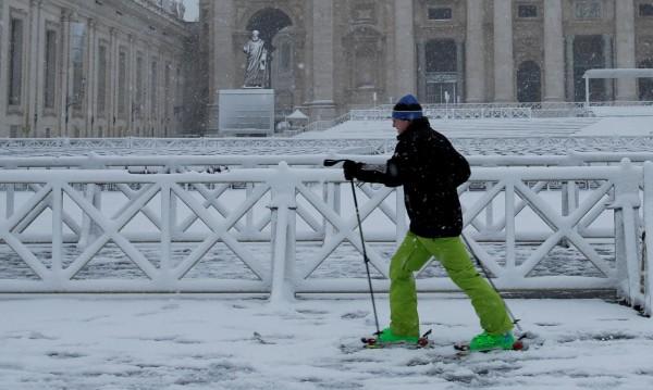Необичайно: Сняг в Неапол за пръв път от над половин век