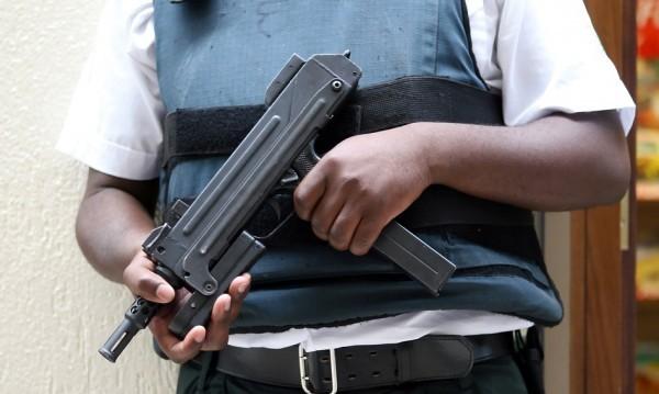 ЕП спира източниците на пари за терористи... с резолюция