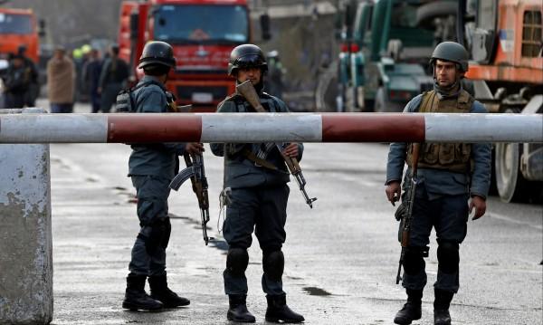 Камикадзе се взриви в Кабул, най-малко 7 жертви