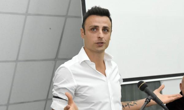 Край на спекулациите: Бербо няма да играе в България