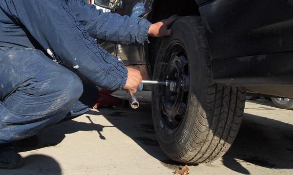 Не бързайте да сменяте зимните гуми! Ще ви трябват още