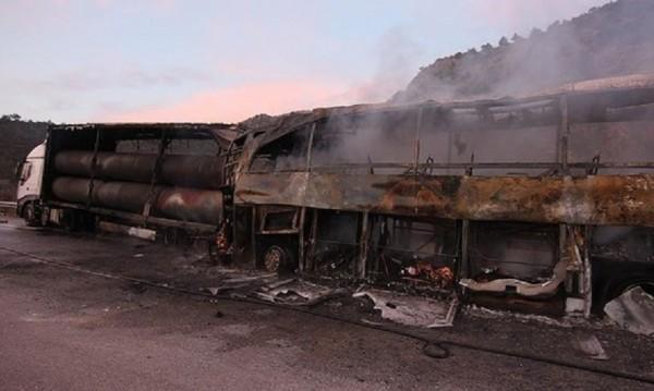 Трагедия в Турция! 13 жертви, 10 в критично състояние