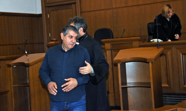 Съдът реши: 3 бона глоба за Бат Сали за хулиганство