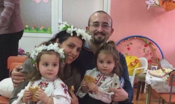 Борбата на една майка: Да си върне близначките от Йордания