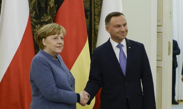 Меркел в Полша. Стопля двустранните отношения