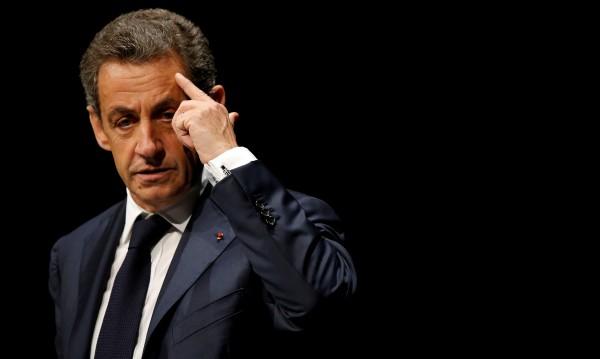 Арестуваха и разпитваха Никола Саркози
