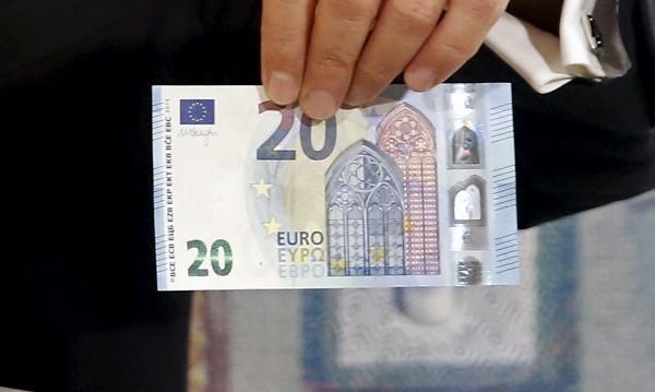 Турски тираджия дал €20 на двама катаджии, в ареста е