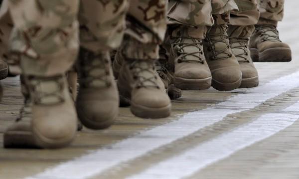 Нови кубинки за военните, МО плаща по 270 лв. за чифт