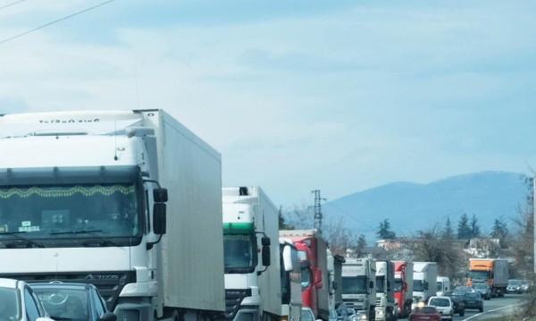 Евродиректива оставя 100 хил. BG шофьори без работа