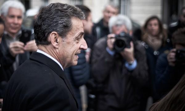 Има ли място моралът в политиката? Във Франция – не!