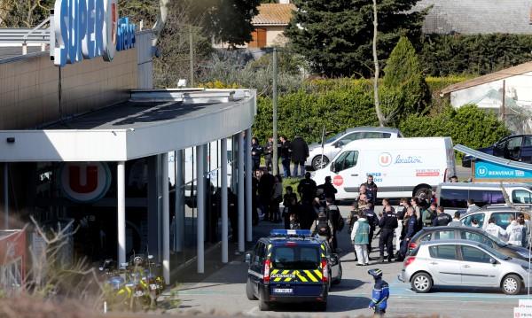 Макрон след жестоките нападения: Това е ислямски терор!
