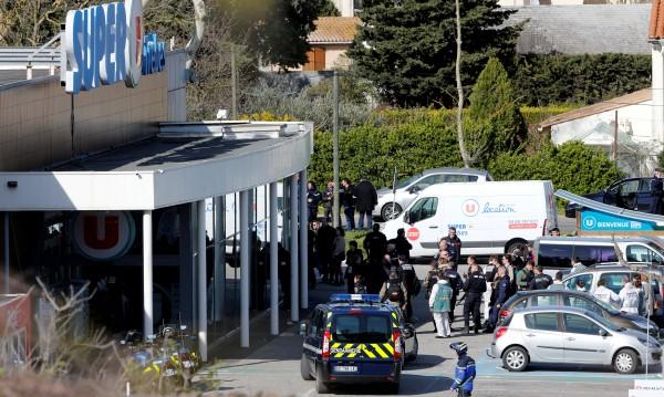 Арести във Франция: Задържаха жената, живяла с терориста