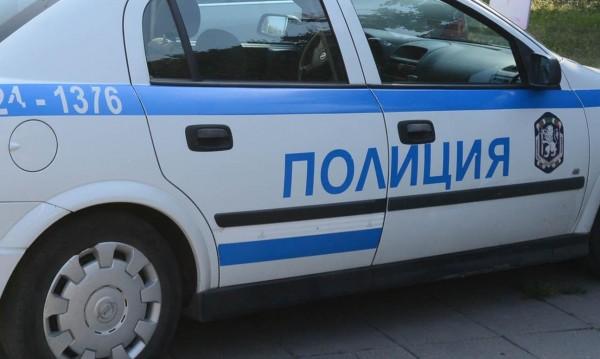 Полицаи преследваха 70 км рецидивист без книжка
