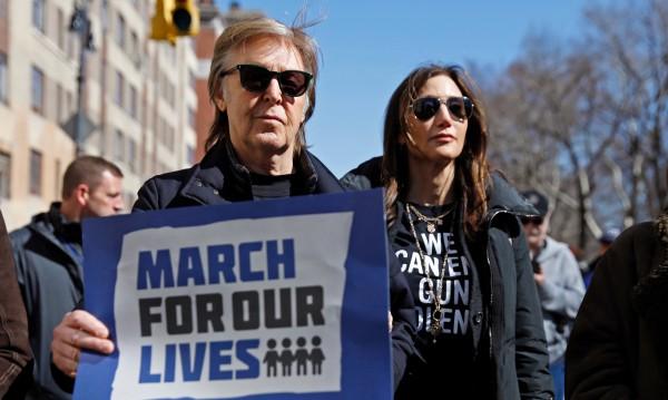 И Пол Маккартни на протест за контрол на оръжията в САЩ