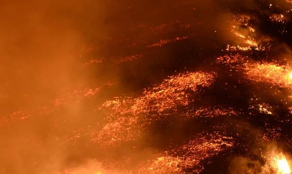 Три деца и жена загинаха при пожар в руски търговски център