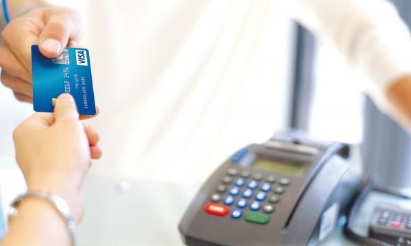Защо да платим данъците и таксите по електронен път?