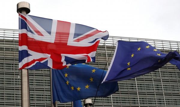 Година до Brexit: Докъде стигнаха дискусиите Лондон - ЕС?