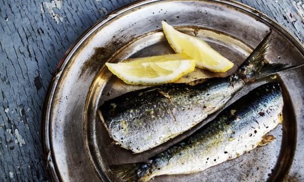 7 трика за премахване на заседнала рибена кост от гърлото
