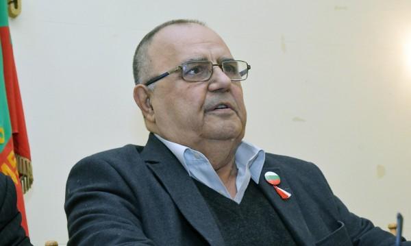 Демографска криза? Дайте гражданство на българската диаспора!