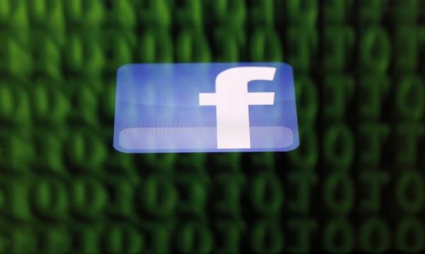 Проблемът не е във Facebook, липсват строги правила