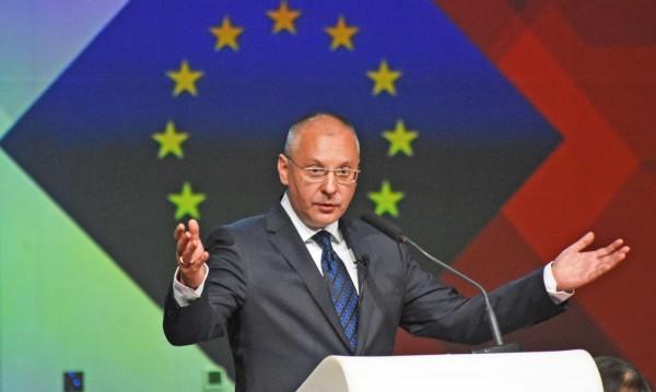 И Станишев с форум за Западните Балкани, иска ги в ЕС