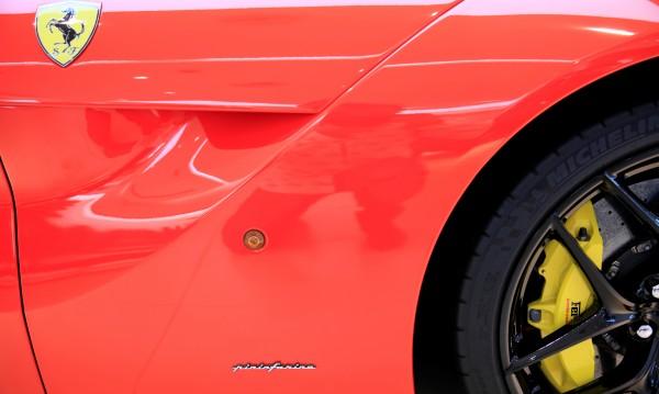 Без майтап: Това е истинско Ferrari! При това за $1,6 млн.