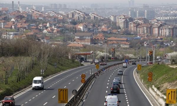 На път през Сърбия: Нови и солени глоби до 1000 евро за нарушения