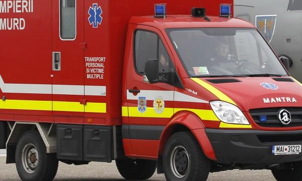 Седем загинали, след като микробус падна в река в Румъния