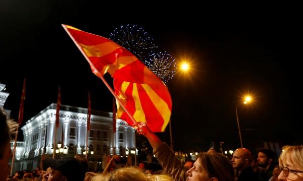 САЩ: Реално е скоро Македония да влезе в НАТО