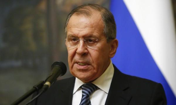 Лавров: На ред държави им извиха ръцете за дипломатите