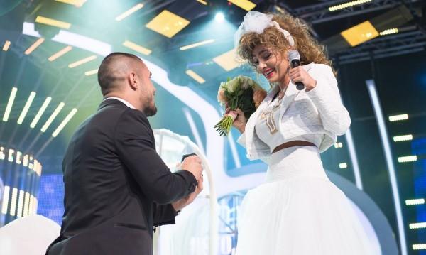 Ще има сватба: Русата Златка се жени през есента