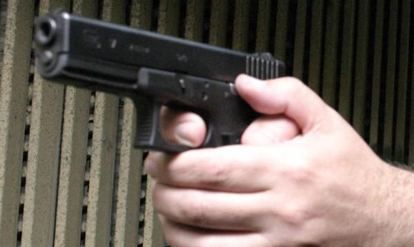 US конгресмен извади зареден пистолет в ресторант