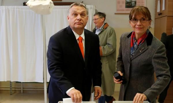 Виктор Орбан - централизира властта и центърът е самият той!