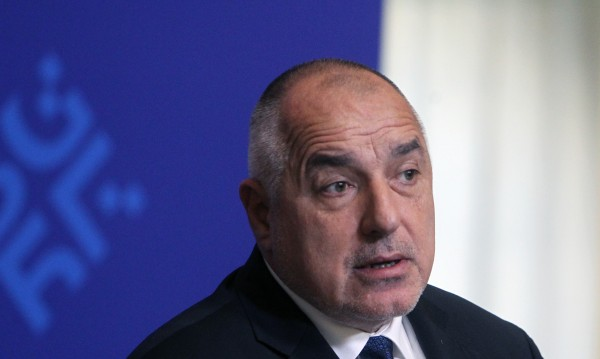 Настроенията у нас: Одобрение за Борисов, страх от ядрен конфликт?