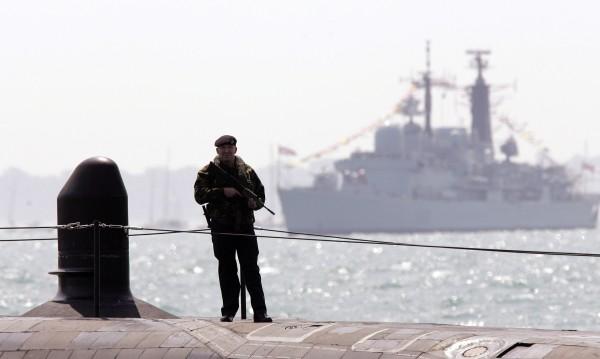Великобритания обмисля ракетни удари в Сирия