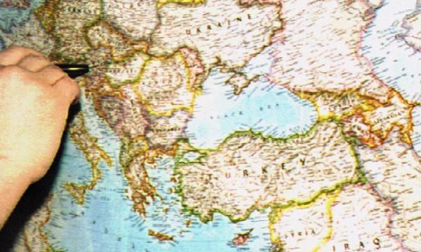 """""""Ню Йорк таймс"""": Балканите са пробен терен в новата Студена война"""
