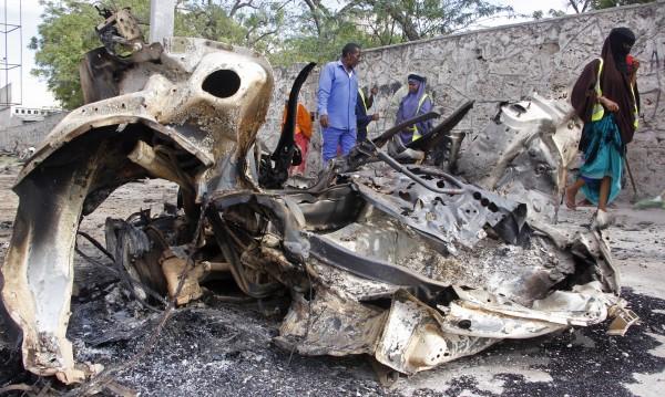 Пет жертви при взрив на бомба на футболен мач в Сомалия