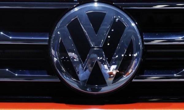 Как се провалиха Volkswagen и Deutsche Bank?