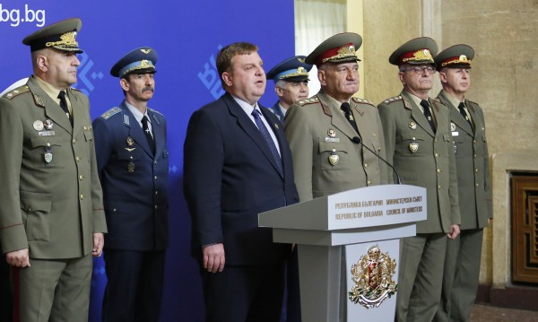 Каракачанов с оценка: Без армия няма държава!