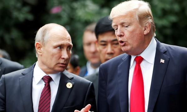 Тръмп направи братски подарък на Владимир Путин. И той е...