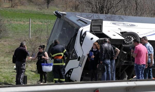 Пътниците – с колани, но не във всеки автобус ги има!