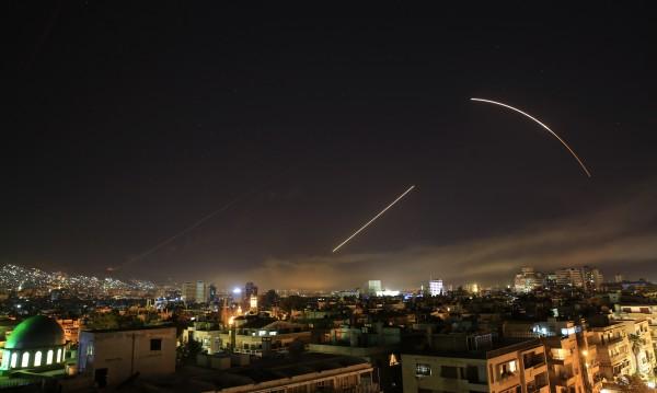 Военна операция: САЩ, Франция и Великобритания удариха Сирия