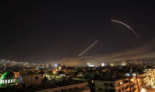 Целта на ударите в Дамаск – да отслабят сирийската машина