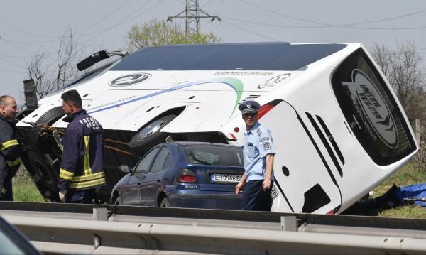"""Петима от ранените на """"Тракия"""" – с опасност за живота"""