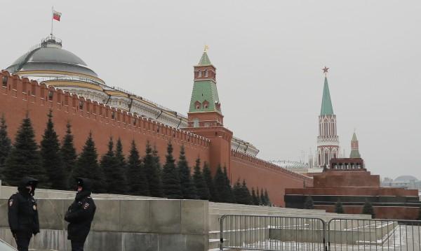 Москва отвръща: Ударът на Запада – глътка въздух за екстремистите!