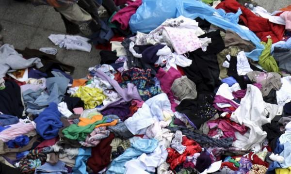 Дрехи за смет: 4 тона текстил изхвърлили столичани за 3 месеца